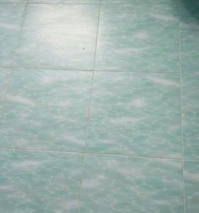 Напольгая плитка