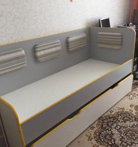 Детская кровать для двух детей
