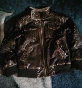 Куртка кожанная р-р.122