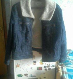 Джинсовая куртка теплая Levis