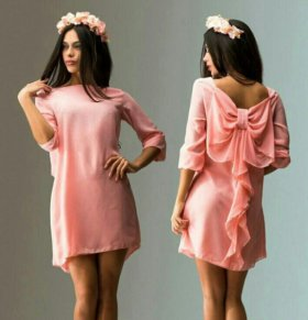 Платье с бантом новое