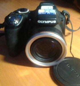 Цифровая фотокамера OLYMPUS SP-590UZ +сумка