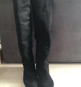 Замшевые ботфорты Zara