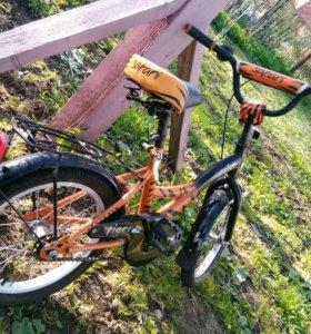 Детский велосипед!состояние нового!