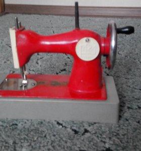Раритетная детская швейная машинка