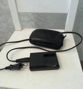 Зарядное устройство и чехол для фотоаппарата