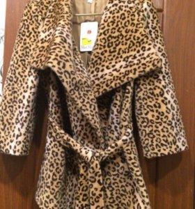 Классное красивое новое пальто