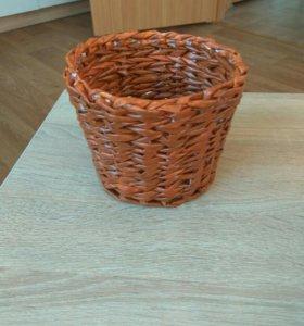Плетеная корзинка - кашпо