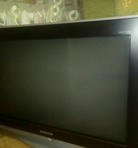 Телевизор Samsung.