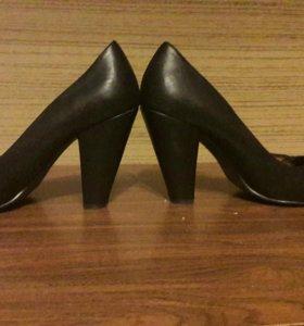 Туфли-каблуки