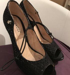 Красивые туфли 38