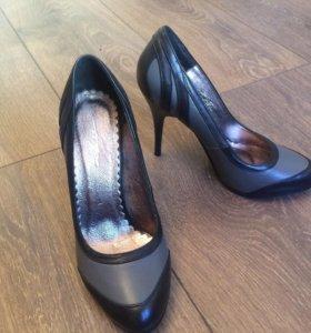 Туфли из натуральной кожи 35 размера