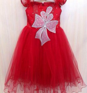 Новое детское нарядное платье