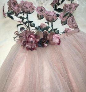 Праздничное платье с ободком