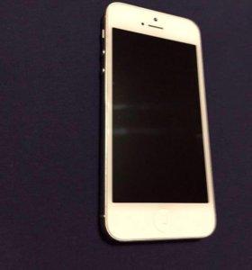 iPhone 5( 16 Гбайт)