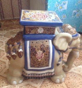 Глиняный слон