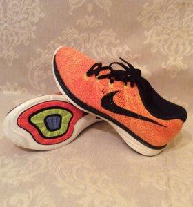 Кроссовки Nike Flyknit Lunar3