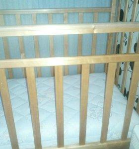 Детская кроватка с маятниковым механизмом + матрас
