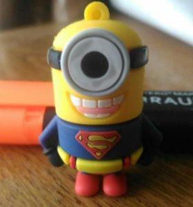 """USB - Фэшка. """"Миньон-супермен"""" 16GB (Новая)."""