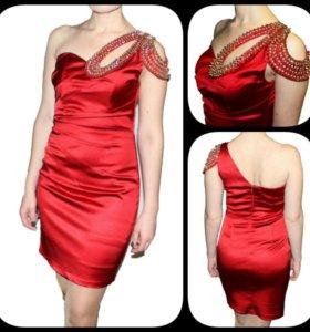 Платье jador. Новое