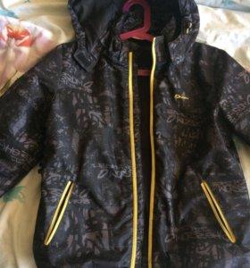 Куртка на мальчика (рост 134)
