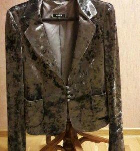 Женский пиджак фирмы CARLA Турция