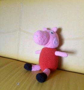 Вязанная игрушка свинка Пеппа