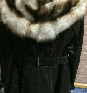 Шуба-куртка в стиле милитари из Турции