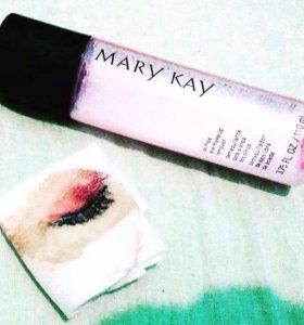 Обезжиренное средство для снятия макияжа