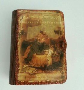 Шкатулочка в подарок (шкатулочка в фоме книжечки)