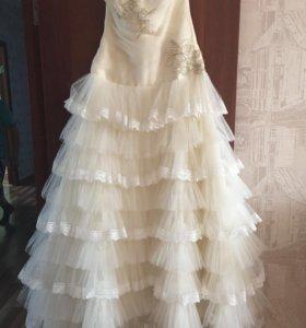 Платье свадебное +туфельки