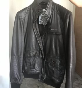 Кожаная куртка Helfiger Denim.