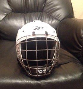 Шлем хоккейный детский.