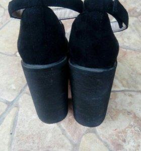 Обувь,босоножки