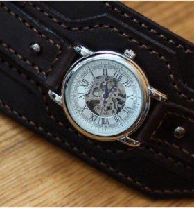Оригинальные Часы натуральная кожа