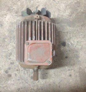 Двигатель 3хКВ
