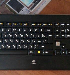 Беспроводная клавиатура Logitech K800 с подсветкой