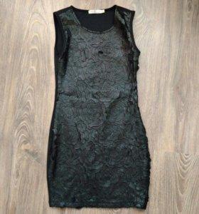 Платье для девочки Vitacci.