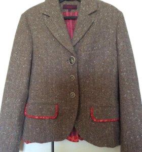 Юбка и пиджак. Костюм женский шерстяной Kenzo
