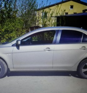 Автомобиль Митсубиси лансер 10