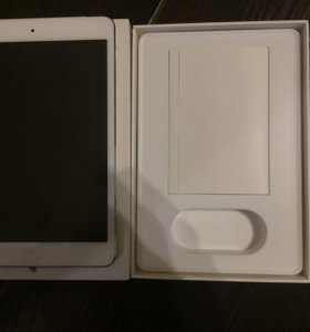 Apple IPad mini 16gb sim and Wi-Fi