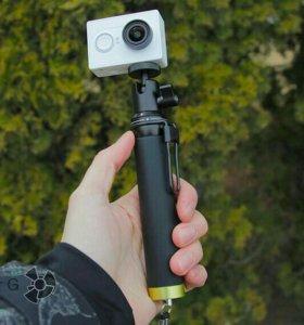 Экшн видеокамера xiaomi YI Travel c Моноподом