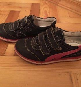 Ботинка на девочку, размер 32