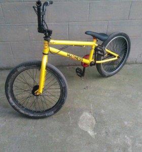 Велосипед BMX срочно