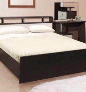 Кровать 160/200. С матрасом. Новая!!