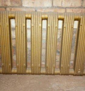 Продаю радиатор отопления чугунный