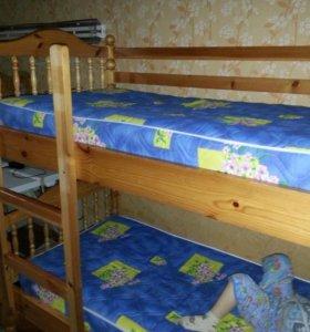 Детская двух ярусная кровать