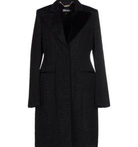 Элегантное женское пальто Just Cavalli