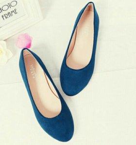 Балетки синие новые