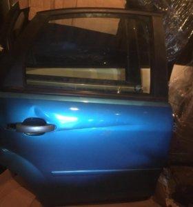 Задняя правая дверь форд фокус 2 дорест